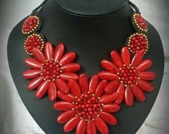 flowers amazing necklaces