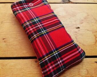 Red tartan, fleece-lined glasses/sunglasses case