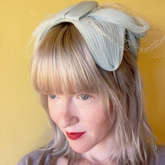 1950 S Style Wedding Hair: 50s Hat // Bridal Headpiece // 1950s Clothing // Bow By
