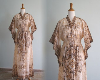 Gorgeous 70s Dashiki Dress in Shades of Brown - Vintage Boho Dress with Smocked Waist and Angel Sleeves - Vintage 1970s Dress M L