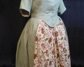 Common Woman's Linen Dress, Robe A L'Anglaise, 18th Century, size 16
