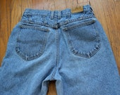 High waist light wash Lee Riders sz 4 6 or 27 short ankle