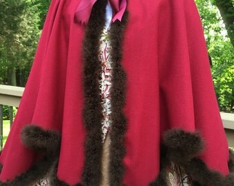 18th Century/ Colonial Era  Mantelet - Short Cloak