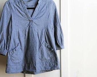 Vintage 1970s Chambray Peasant Blouse Denim Front Button Pockets