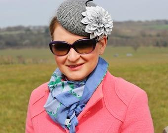Herringbone Harris Tweed hat with a leather flower, winter hat, winter races, winter bride, Cheltenham races, woolen hat, harris tweed hat