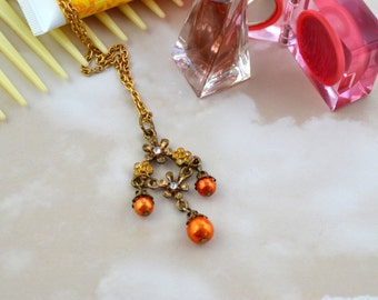 Brass Coloured Reclaimed Earring - Orange Faux Pearls - Recycled Golden Coloured Chain - Elegant Long Pendant Necklace