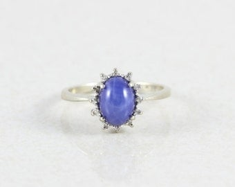 14k White Gold Cabochon Blue Star Sapphire and Diamond Ring Size 4 3/4