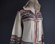 Vintage hoodie/hooded cardigan/70s/retro chic/knitwear/winter fashion/duffle coat/knitted jacket/blanket coat/southwestern/boho/sweater