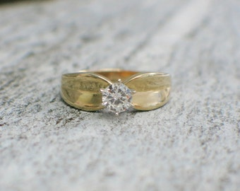 Vintage 14K Solitaire Diamond Engagement Ring