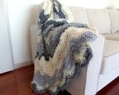 Chunky knit Blanket Knit throw blanket Hand knitted blanket  Thick grey blanket Wedding