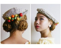 Vintage 1950s Fascinator Hat - Beige Faux Straw Hat - Colourful Millinery Fruits Pears Apples Bananas - Oppenheim New York