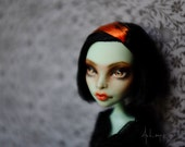Black Widow - Scarah Monster High Repaint doll By Artemis