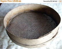 ON SALE Authentique Agricultural Garden Tool,vintage large wooden sieve,Country Style,Tool For Threshing,Beech Shaker