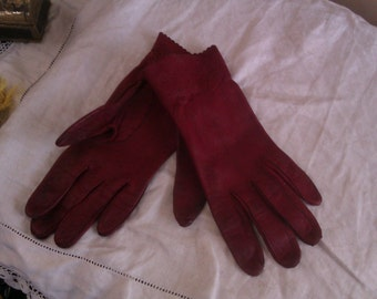 ladies gloves 7. 1/2