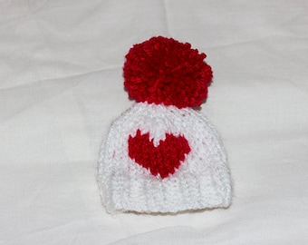 Valentine's Day egg cosy, Heart Egg Cosy, egg warmers, egg hat, Knitted Easter Egg cosy