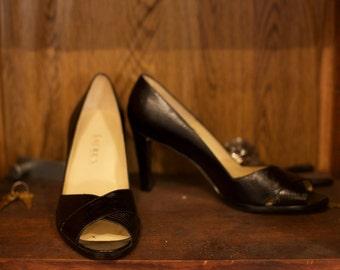 Ralph Lauren textured leather classic black peep toe high heels size 8-9