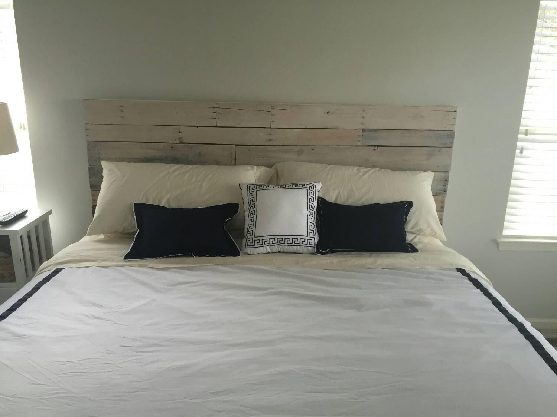 reclaimed queen king wood headboard by lostdogwoodworks on etsy. Black Bedroom Furniture Sets. Home Design Ideas