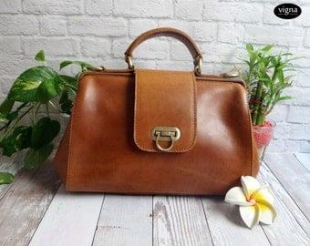 leather doctor bag style - leather handbag - leather cross body bag