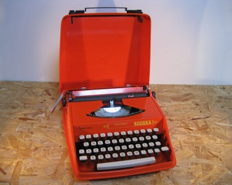 Working Typewriter Vintage Portable Sperry Rand Remington Riviera 60's