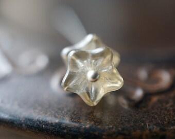 Light Smoky Gray, Flower Beads, Czech Beads, N1868