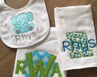 Bib & burp cloth gift set