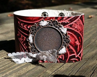 Sweet~Face Leather Cuff Photo Bracelet