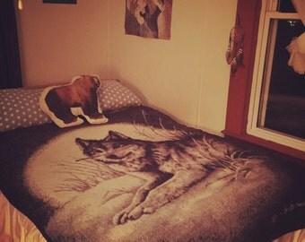 Vintage Wolf Blanket