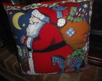 "Christmas Decorator Pillow  Handmade   ""SIDEVIEW SANTA CLAUS"""
