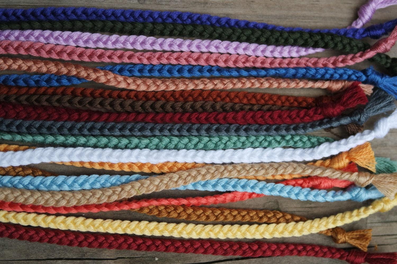 simple braided friendship bracelet tie on. Black Bedroom Furniture Sets. Home Design Ideas