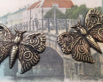ANTIQUED BRASS butterfly pendant 2 pc