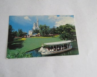 Vintage Walt Disney World postcard swan boats - unused
