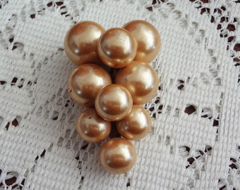 Vintage gold pearl scarf clip