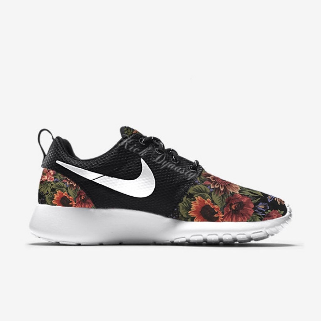 15 off sale floral nike roshe run custom sneakers. Black Bedroom Furniture Sets. Home Design Ideas