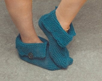 Slippers for woman knitted slipper boots acrylic knit hand-knitted choice of colors lapels buttons