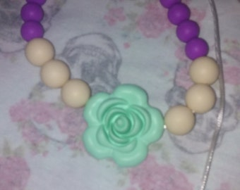 mint rose teething necjlace