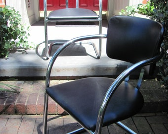 Pair of Vintage Mid Century Modern Lounge Chairs With Chrome Frame