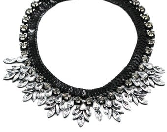 Fashion flowers crystal black necklace