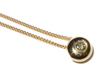 14K yellow gold round pendant with 0.28 CT diamond