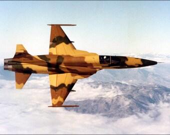 24x36 Poster . Northrop Corporation F-5 E Tiger Ii 1974