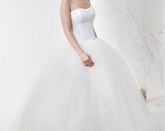 Vintage Inspired Light-As-Air Romantic Princess Wedding Dress, with Draped Tulle Corset, Tulle Full Volume Skirt