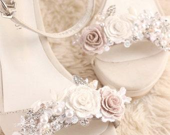 wedding shoe clip, bridal shoe clip, white shoe clips, bridal shoes clips, wedding shoes clips, lace shoe clip, flower shoe clip