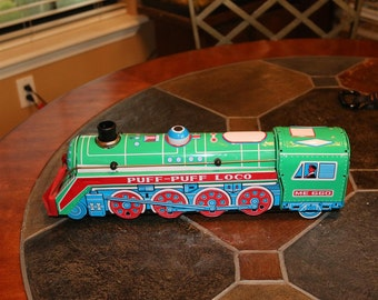 Vintage PUFF-PUFF LOCO tin litho battery operated train