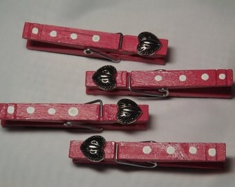 Valentines Clothes pins  magnnetic refrig clips ( set of 4 )