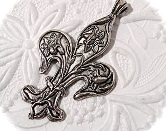 Fleur De Lis Pendant Pewter Pendants Jewelry Supplies RB-280