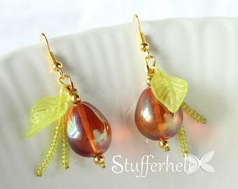 Earrings Orange Pearl with green leaf