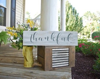 Thankful pallet sign.  Thanksgiving decor, fall decor, autumn, thankful sign, thankful, thanksgiving decor, thanksgiving, fall sign, fall.