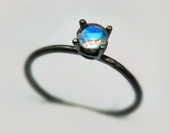 Oxidized Silver moonstone ring / Black Silver Ring / Black Stacking Ring / Faceted rainbow moonstone ring
