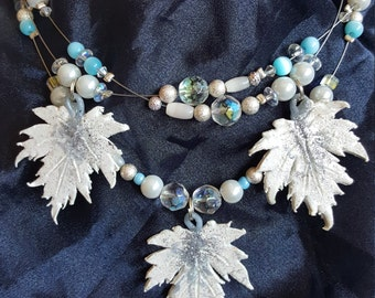 Triple leaf layered necklace