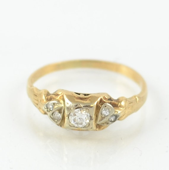 1920 s Dainty Floral Engagement Ring 14kt Yellow Gold