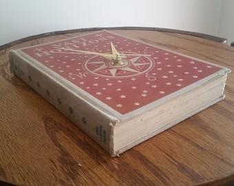 Book Clock - Vast Horizons